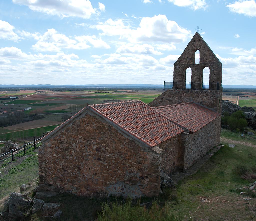 Ermita de San Esteban, Brime de Urz