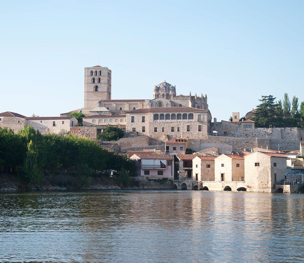 Vistas de la catedral de Zamora