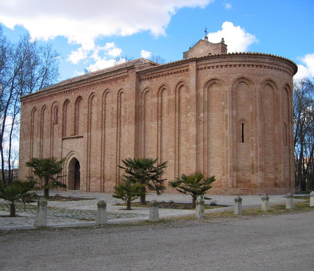 Resultado de imagen de Ermita de la Virgen de la Vega o Cristo de las Batallas