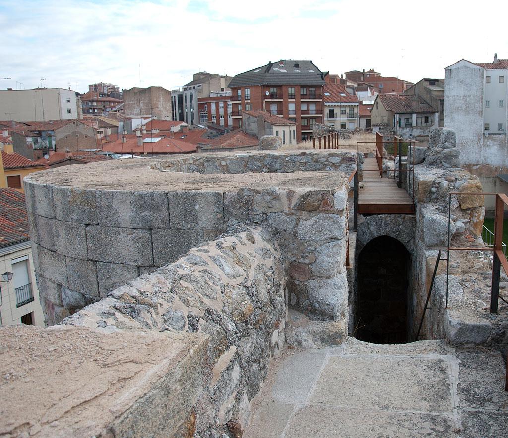 Palacio de do a urraca en zamora for Oficina turismo roma