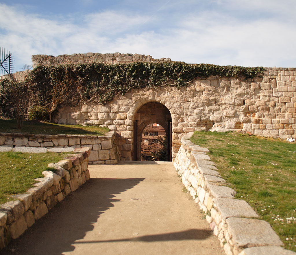 Betrayal Wicket Gate In Zamora